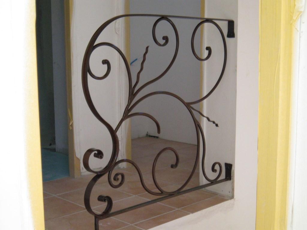 ferronnerie rampes et garde corps a saint maximin ferronnier var 83 ferronnerie d 39 art la. Black Bedroom Furniture Sets. Home Design Ideas