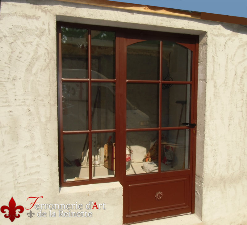 Porte en fer forg et verre double vitrage saint maximin ferronnerie d 39 art la reinette - Porte double vitrage ...
