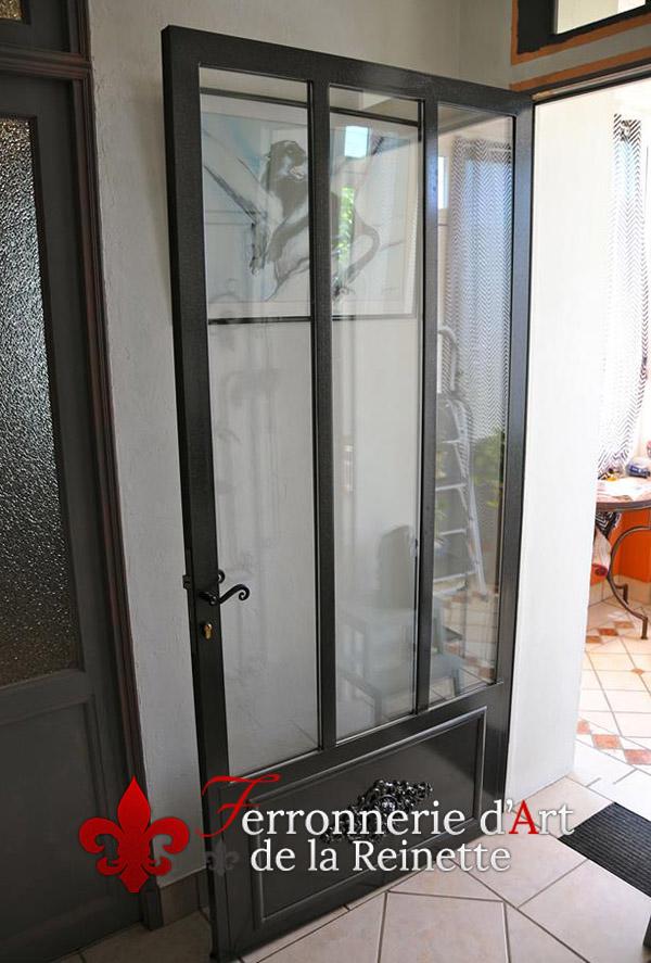 porte en fer style atelier aix en provence 13 ferronnier var 83 ferronnerie d 39 art la reinette. Black Bedroom Furniture Sets. Home Design Ideas
