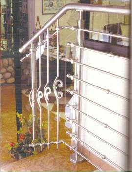 rampe d 39 escalier sur mesure en inox ferronnier var 83 ferronnerie d 39 art la reinette. Black Bedroom Furniture Sets. Home Design Ideas