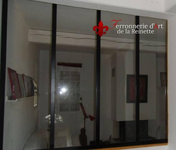 Baie vitr e en fer forg style atelier d 39 artiste aix en for Separation vitree style atelier