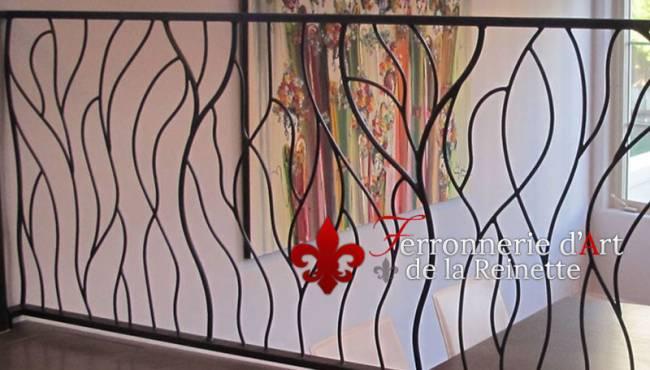 garde corps en fer forge aix en provence ferronnier var 83 ferronnerie d 39 art la reinette. Black Bedroom Furniture Sets. Home Design Ideas