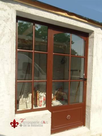 Porte en fer forg et verre double vitrage saint maximin ferronnier var 83 ferronnerie d for Porte en verre et fer forge