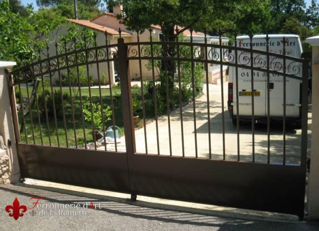 portail en aluminium aix en provence r alis sur mesure ferronnier var 83 ferronnerie d. Black Bedroom Furniture Sets. Home Design Ideas